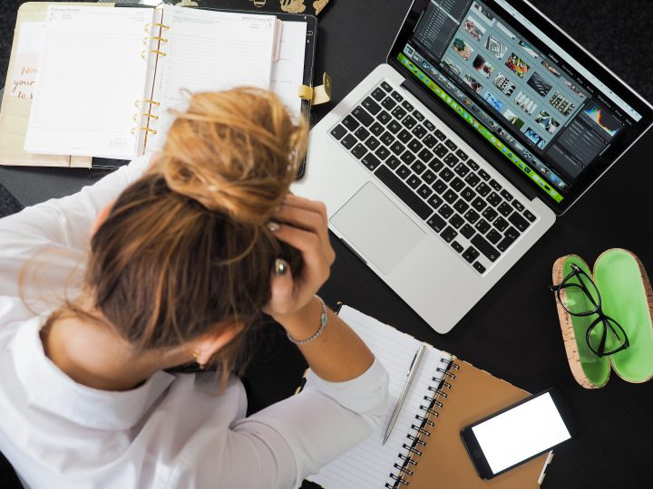 Bored With Work? Use These Boredom Busting Tips for Freelancers