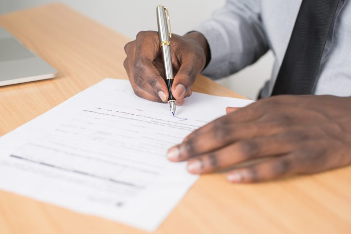 Freelancing Contract: All the Must-Have Clauses You Can't Ignore